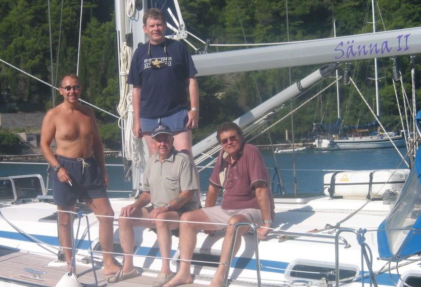 Sänna - Dad's wayward friends