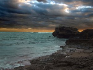 red-sea-storm