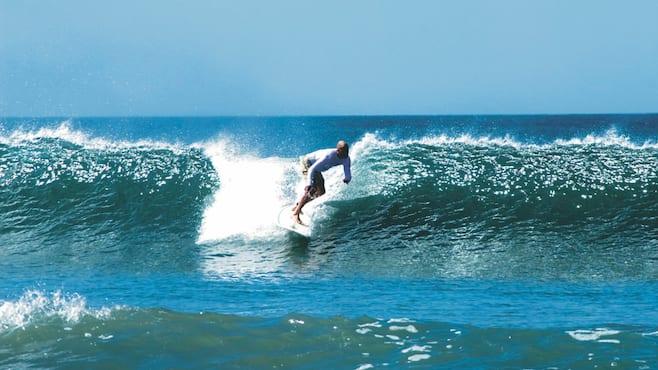 Sänna - surfing Tamarindo
