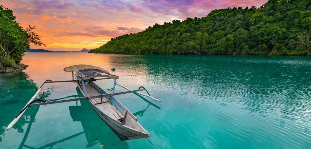 Sänna - Bacan, Indonesia